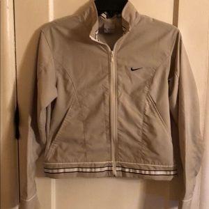 NIKE VINTAGE JACKET SIZE 6. Nike RN 56323